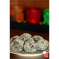 Yemek Cini - Yasemin'in Çikolatalı Topları