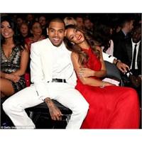 Rihanna Hiç Bu Kadar Güzel Olmamıştı..