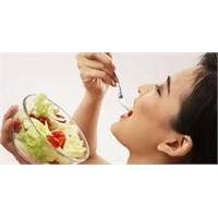 İnsan Günde Kaç Öğün Yemek Yemeli?