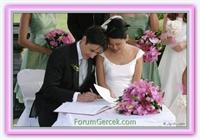 Evliliği Geciktiren İki Neden