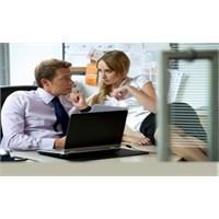 Ofiste Flört Etmek Verim Artırıyor