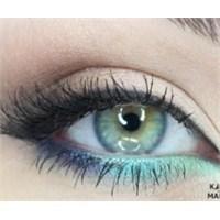 Mavi Göz Makyajı Örnekleri