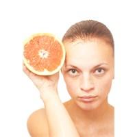 Cildinizi Kışın Bolca Nemlendirerek, Sağlıklı Ve G