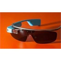Google Glass Yine Açık Verdi!