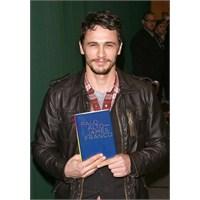 James Franco'nun Kitap Kurdu Olduğunu Bilmeyen?