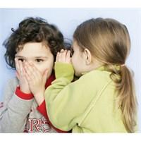 Çocuğunuz Neden Yalan Söylüyor?
