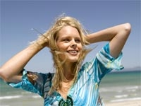 Saçlarınızı Deniz Ve Güneşin Etkilerinden Koruyun