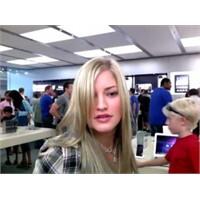 Apple Dükkanında Çılgın Dans Videosu