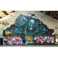 Graffiti İle Konuşan Duvarlar...