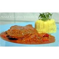 Domates Soslu Biftek Ve Patates Püresi