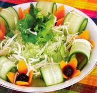 Diyet İçin Besleyici Harika Bir Salata