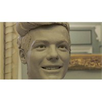 Louis Tomlinson'ın Mumyası Nasıl Yapılıyor?