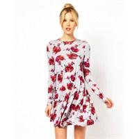 Yaz Modasına Özel Cıvıl Cıvıl Renkli Elbiseler