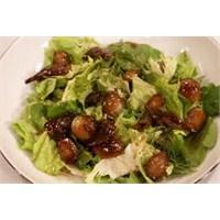 Arpacık Soğanı Salatası Tarifi