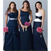 Mezuniyet Balosu Elbiseleri İçin Yardıma İhtiyacın