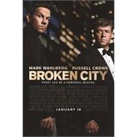 Broken City : Herkesin Bi Açığı Vardır