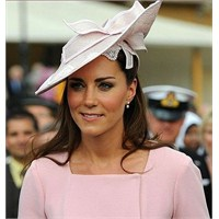 Pembe Deja Vu : Kate Middleton