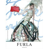 Kişisel Stilin İfadesi : Furla İlkbahar- Yaz 2012