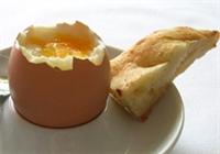 Yumurta Bir Kez Daha Aklandı