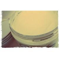 Vanilyalı Pasta Lezzetinde İştah Açıcı Vücut Kremi