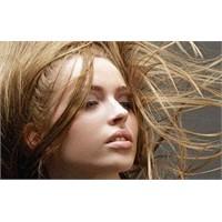 Doğru Yıkama İle Canlı Saçlar
