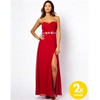 Kırmızı Büyüsü : En Şık Kırmızı Elbiseler