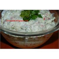 Biberli Ve Brokolili Yoğurtlu Salata
