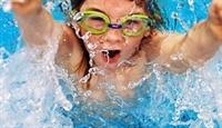 Çocuğunuza Yedi Adımda Yüzmeyi Öğrettin