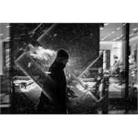 Yağmurlu Hava Çekilmiş İnsan Silüeti Fotoğrafları