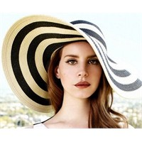 Trend: Floppy Şapkalar