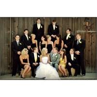 Düğünü Olacaklara Araba Süslemede İlginç Fikir