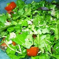 Sarımsaklı Roka Salatası
