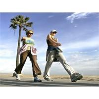 Yürürken Vücudunuzu Da Çalıştırın