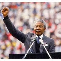 Nelson Mandela, 95 Yaşında Vefat Etti