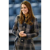 Kate Middleton: Moloh Manto