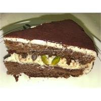 Fıstıklı Ve Damla Çikolatalı Tiramisu
