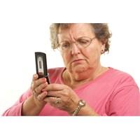 Anneler Bilirler.. Her Şeyi.. Telefonu Da..