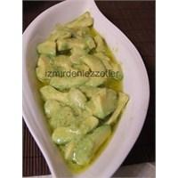 Avakado Salatası Mezesi