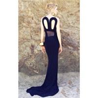 Wilma Elles'in Tasarladığı Elbise Satışa Çıktı