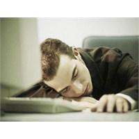 Çalışma Yeriniz Uykunuzu Tetikliyor...