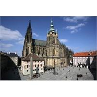 Prag'a Bir De Burdan Bakın. Prag Kalesi