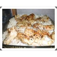 Fırında Pilav Üstü Tavuk