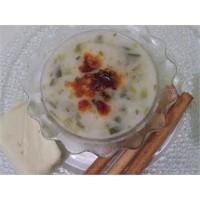 Pirinçli Sıcak Pırasa Çorbası