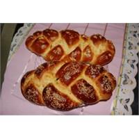 Paskalya Çöreği Tarifine Buyrun