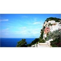 Doyumsuz Güzellik.....Capri Adası