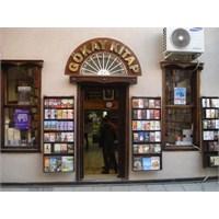Çanakkale'de Çok Güzel Bir Kitap Kafe