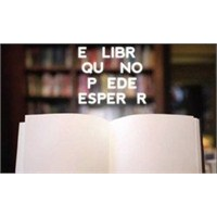 Okunmayınca Yazıları Kaybolan Kitap!