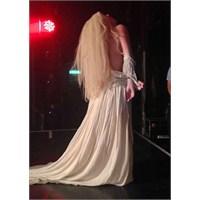Lady Gaga Sahnede Çırılçıplak