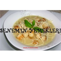 Krutonlu Soğan Çorbası