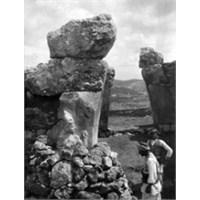 Hitit Kazılarının Fotoğraflarla 106 Yıllık Öyküsü